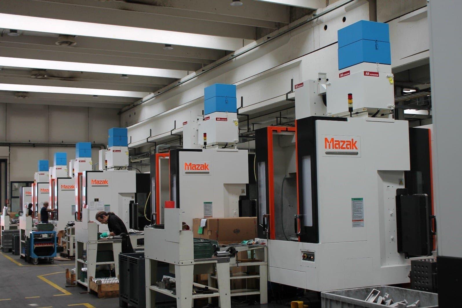 AR Filtrazioni Case History Portfolio Filtrazione Nebbie Oleose Eine zentrale Filtrationsanlage? Nein, danke.