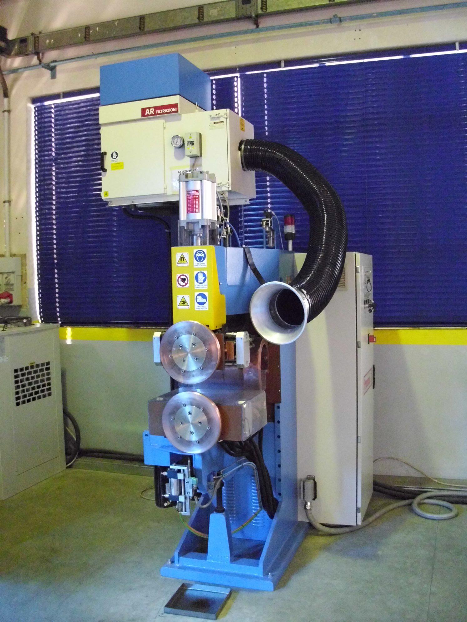 AR Filtrazioni è produttore di filtri carrellati per stazioni di saldatura