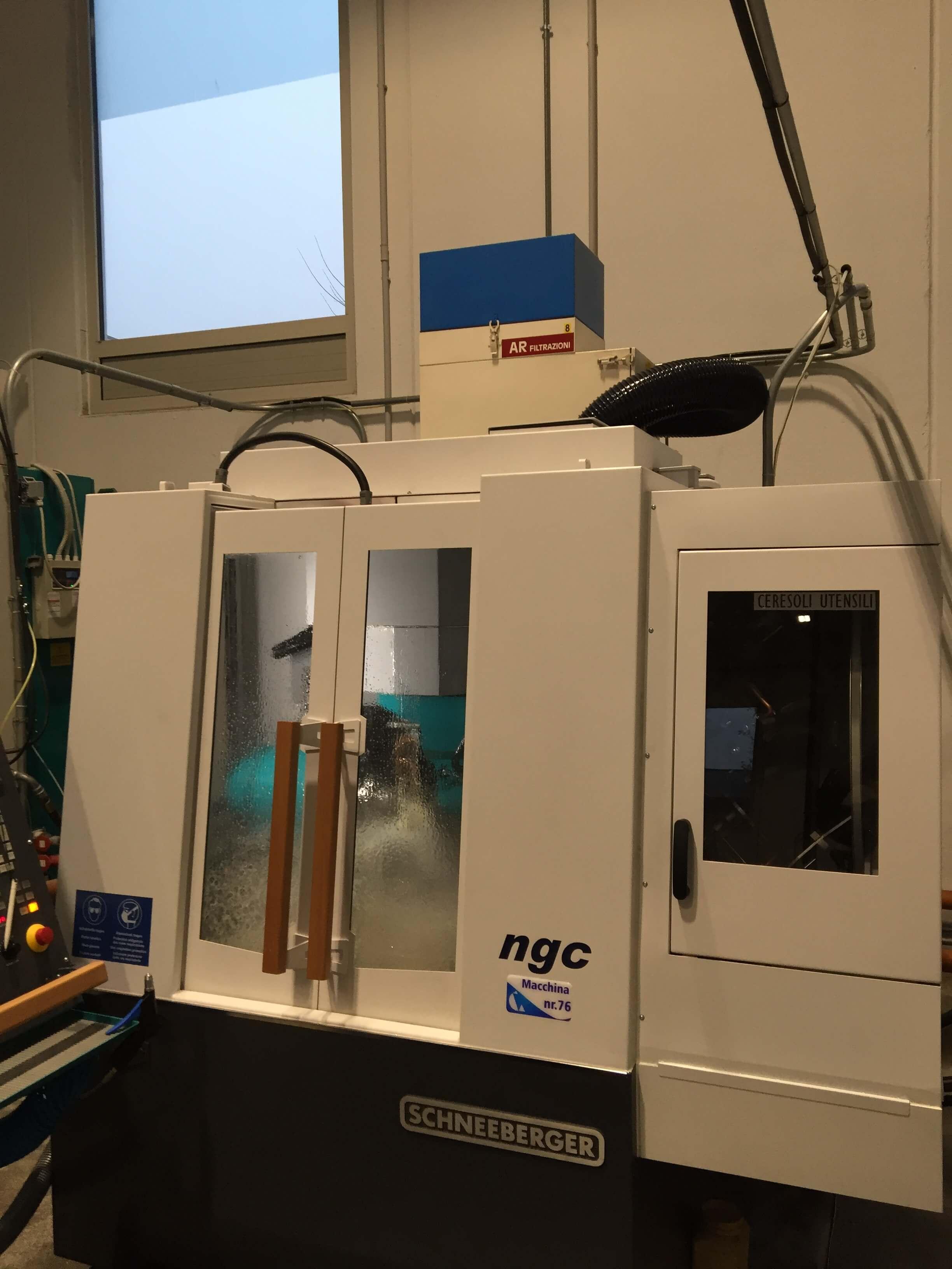 AR Filtrazioni è produttore di filtri per nebbie oleose e fumi derivanti da rettifiche e macchinari rettifica VIOTTO
